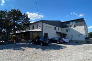 2421 Kittsee - Gastronomiebetrieb mit 15 Fremdenzimmer und großer unbebauter Baufläche