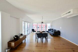 Provisionsfrei - Modernes Wohnen im eleganten Altbau