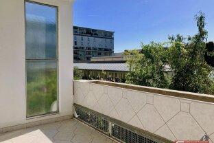 Schöne geförderte Mietwohnung im 21. Bezirk, ruhig und grün durch Blick auf grüne Dachterrasse