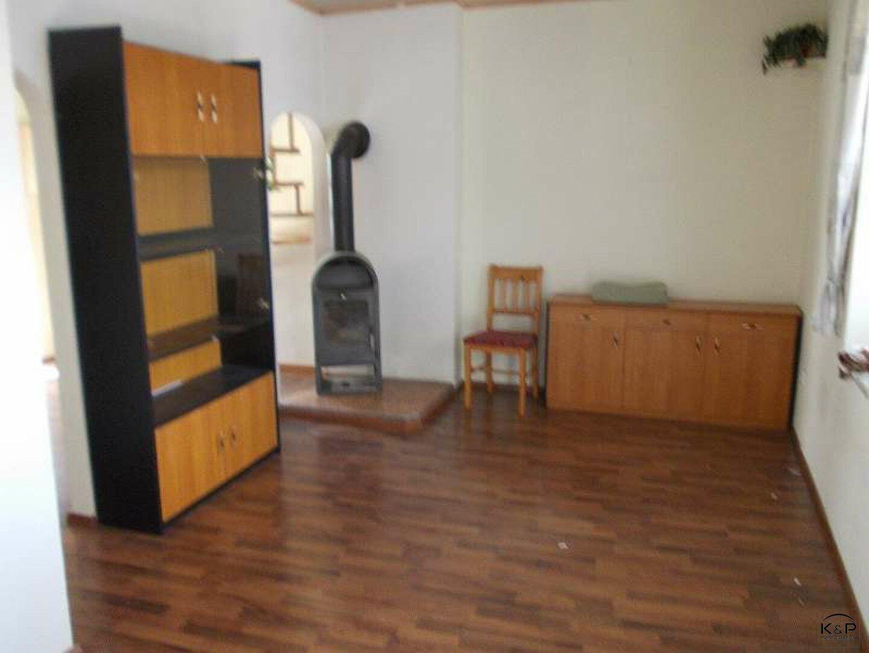 Wohn-Schlafzimmer mit Schwedenofen