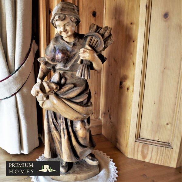 Breitenbach am Inn - Elegantes Landhaus - Südtiroler Stube mit Schnitz-Figur Kunsthandwerk