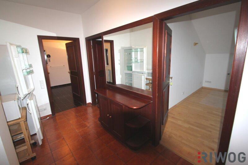 Schöne DG-Wohnung im Herzen der Wiener Innenstadt, Terrasse, Ruhelage /  / 1010Wien / Bild 2