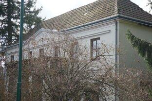 ERFOLGREICH VERMITTELT! Historisches Herrenhaus - idyllisches, großzügiges Anwesen im Wienerwald
