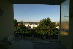 Schöne Mietwohnung mit Balkon mit Aussicht  in Ruhelage in Oberwart. Garage vorhanden.