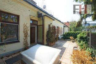 ERFOLGREICH VERMITTELT! 2 Zimmer Wohnung in Jahrhundertwendehaus, mit großer Terrasse in Maurer Zentrumslage