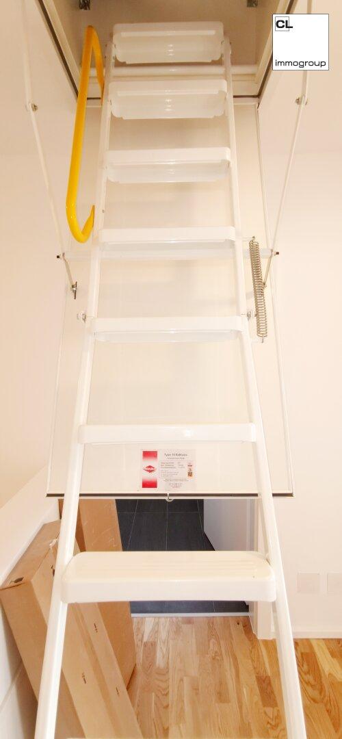 Leiter zum Dachboden