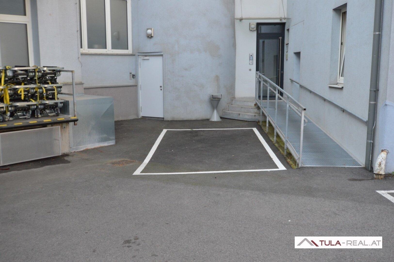 KFZ-Abstellplatz (optional anmietbar)