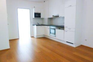 Schöne S/W ausgerichtete, helle 3-Zimmer Wohnung mit großer Terrasse