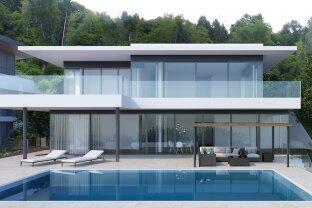 Exklusives Einfamilienhaus mit Poolanlage