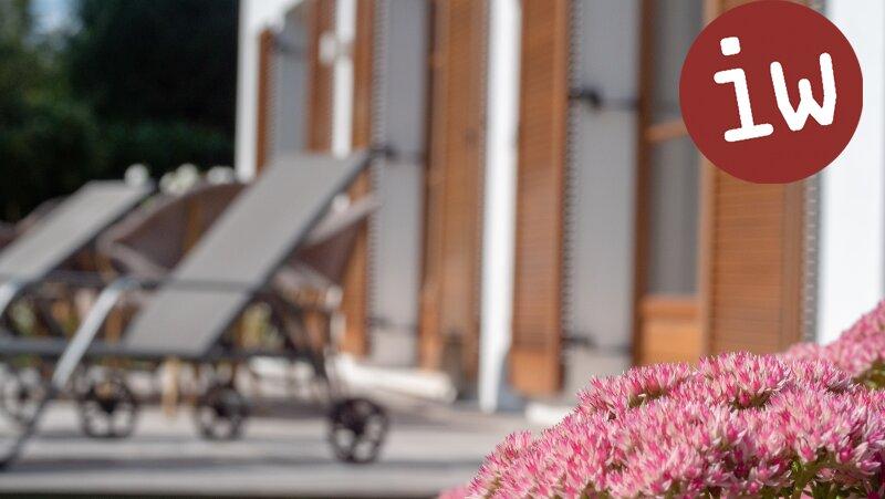 Wunderschöne Familien-Villa in bester Zentrumslage, traumhafter Garten Objekt_645 Bild_32