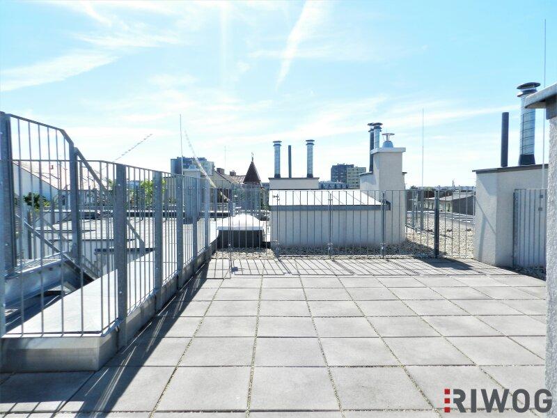 Im Herzen Hetzendorfs - Dachgeschoss-Wohnung mit zwei Terrassen und traumhaften Weitblick   inkl. Stellplatz /  / 1120Wien / Bild 7