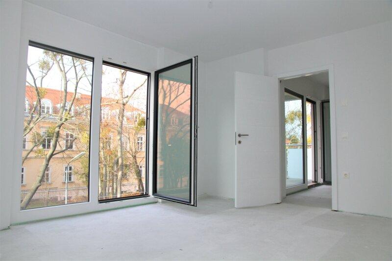 6,65 m² BALKON + 2 französ. Balkone, 38m²-Wohnküche + Schlafimmer, 2. Stock, Bj.2017