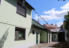 ***!!! Einfamilienhaus mit Einlegerwohnung und altem Heurigen-Schankraum in Top Lage !!!***