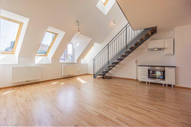 Foto von NEU! ++ ERSTBEZUG ++ UNBEFRISTETE Dachgeschoss-Wohnung mit Terrasse mieten im 1110 Wien  ++