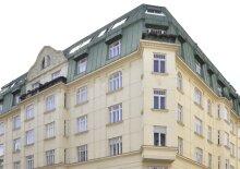 Altbau-Appartement, U3