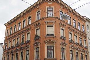 Renovierungsbedürftige Altbauwohnung
