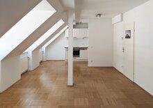 Single-Appartement - Dachgeschoss Garconniere Nähe Rochusmarkt, U3