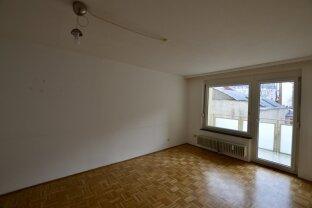 Zentral begehbare 4 Zimmer Wohnung