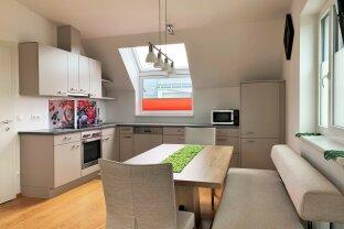 2 Zimmer Wohnung | großzügiger Balkon | moderne Wohnhausanlage | zzgl. Garage