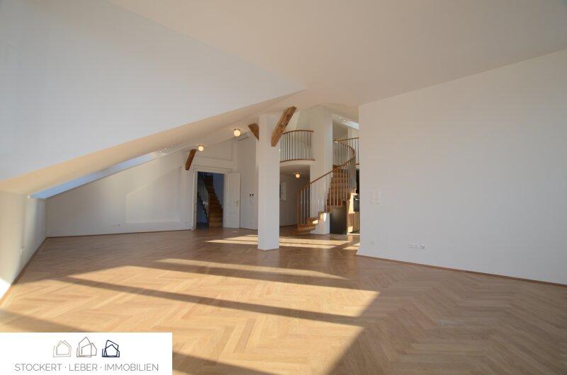 Traumhafte Dachgeschoßwohnung direkt bei der Staatsoper /  / 1010Wien / Bild 2