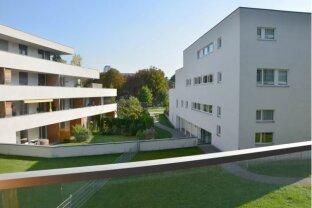 Neuwertige 2-Zimmer-Wohnung mit großer Loggia