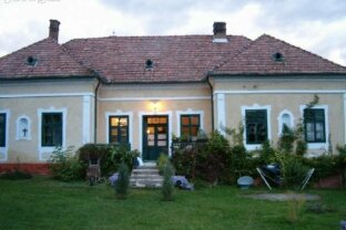 Historisches Herrenhaus am Balaton. Heviz & Keszthely in der Nähe. Golfplatz und Yachthafen 10 Min.