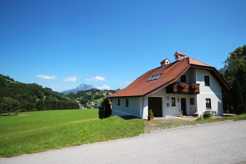 Landhausidylle mit Traunsteinblick