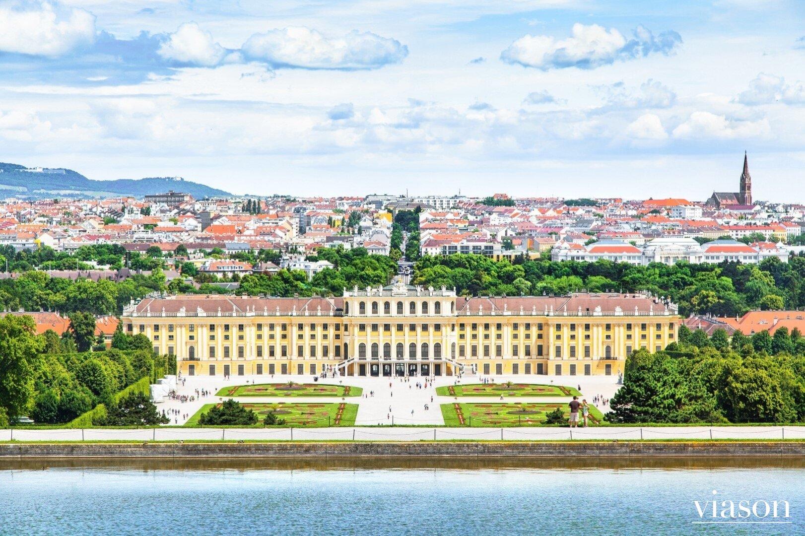 Nahe Schloß Schönbrunn