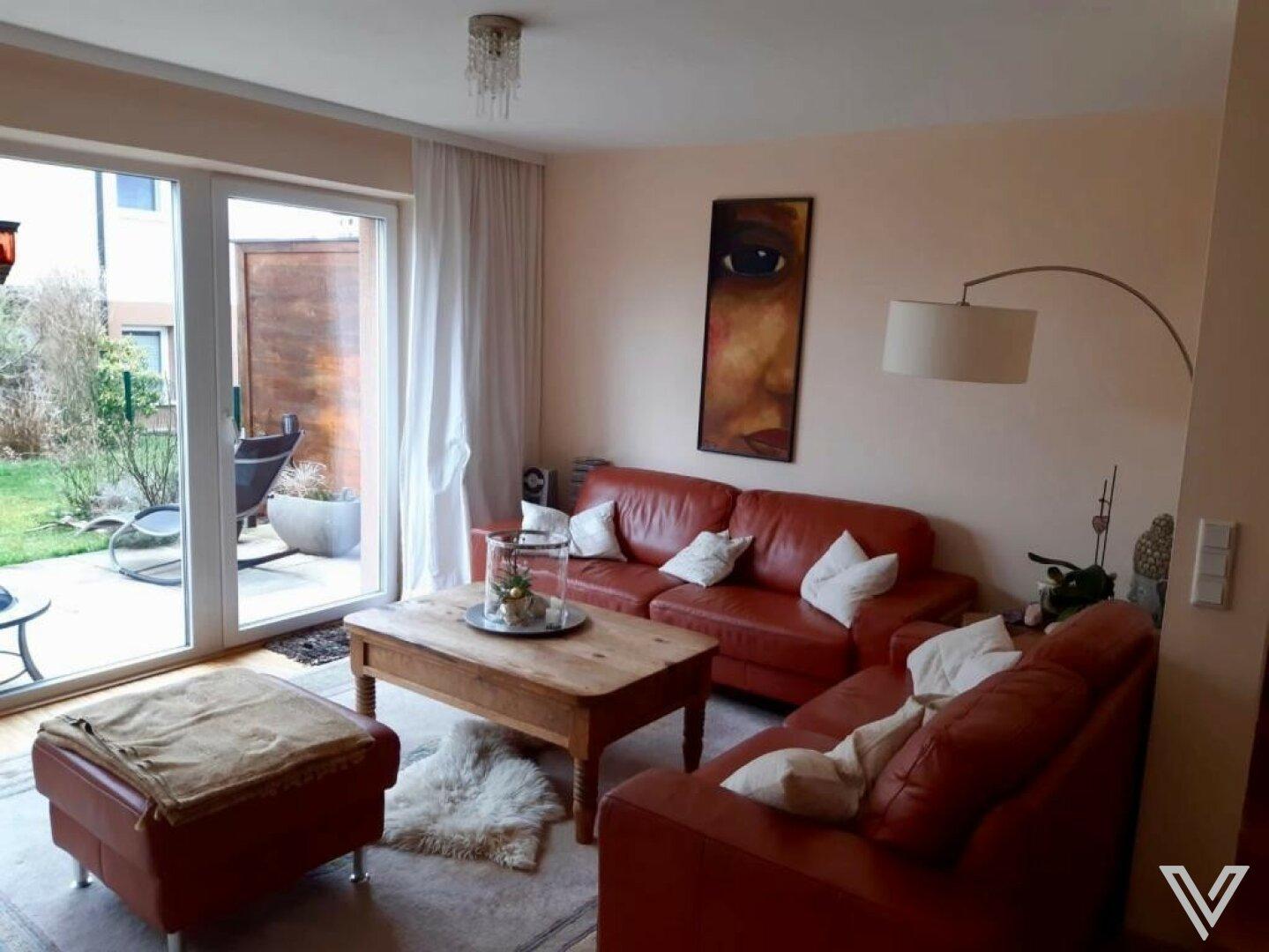 Wohnzimmer / Terrasse / Garten