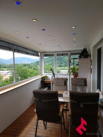 5,5-Zi.-Wohnung mit verglastem Balkon