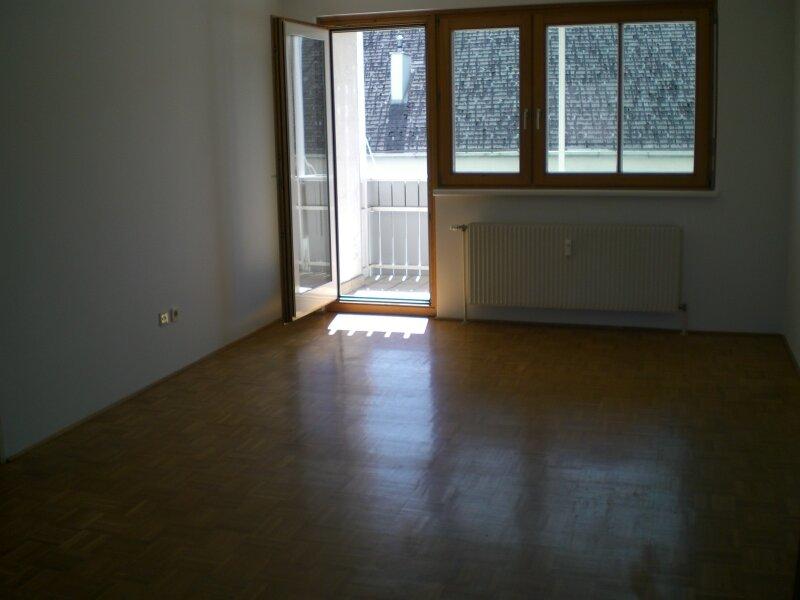 Gepflegte helle 4 Zimmer Wohnung Eggenberg direkt vom Eigentümer /  / 8020Graz / Bild 1