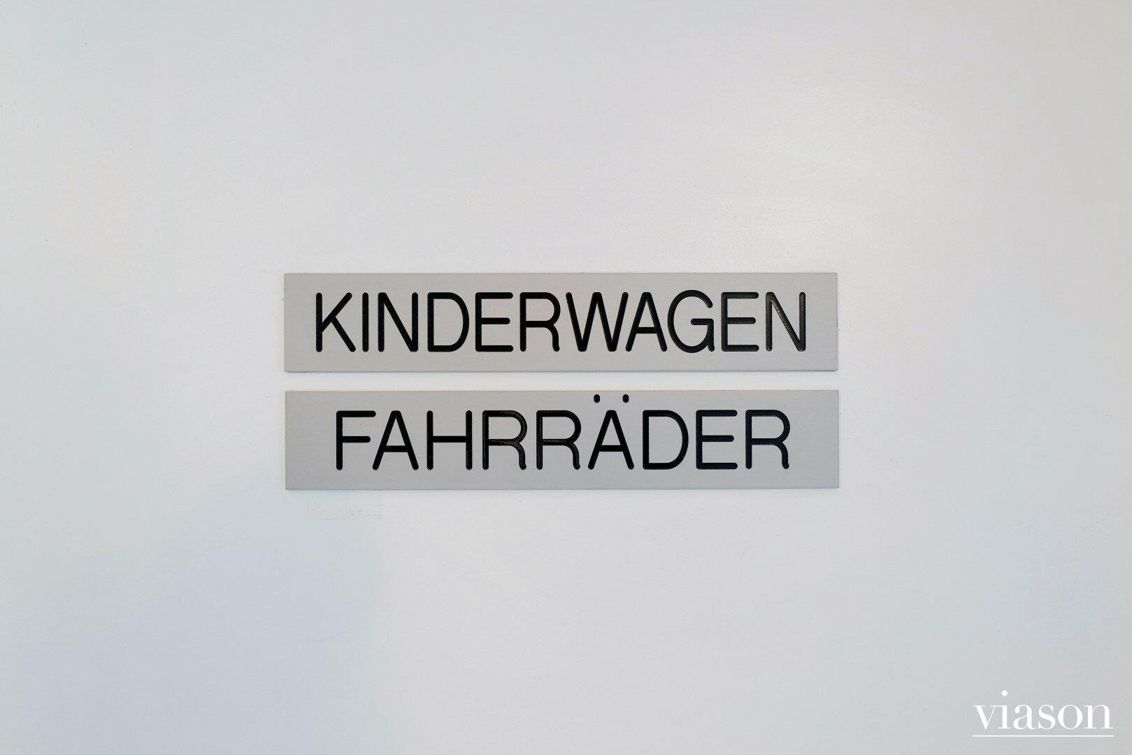 Kinderwagen & Fahrradraum