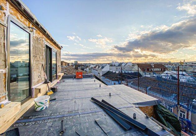 Foto von NEU! ++ 4 Zimmer Dachgeschoßwohnung in 1180 Wien ++ 2 Terrassen (OST-WEST) + Balkon mit Wien-Blick ++ Top-Revitalisierte Altbau-Haus ++