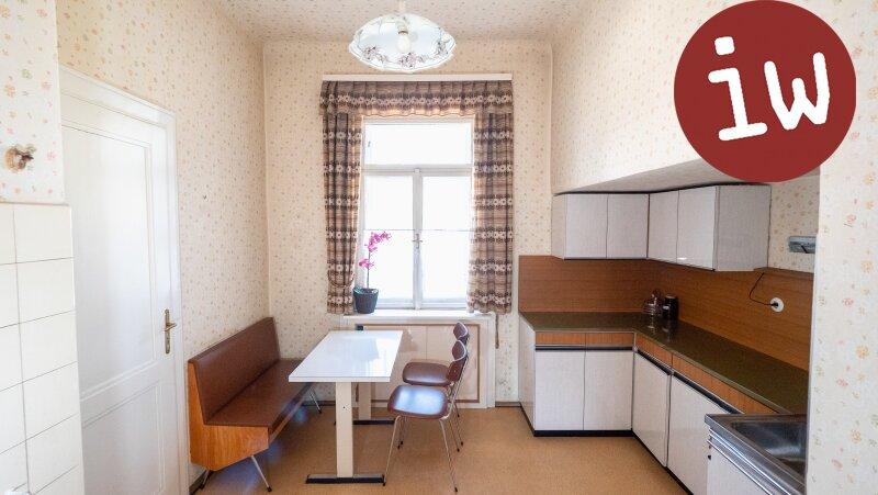 Zentrum: Charmanter Altbau 3 Zimmer Eigentumswohnung mit Loggia und Garten Objekt_638 Bild_16