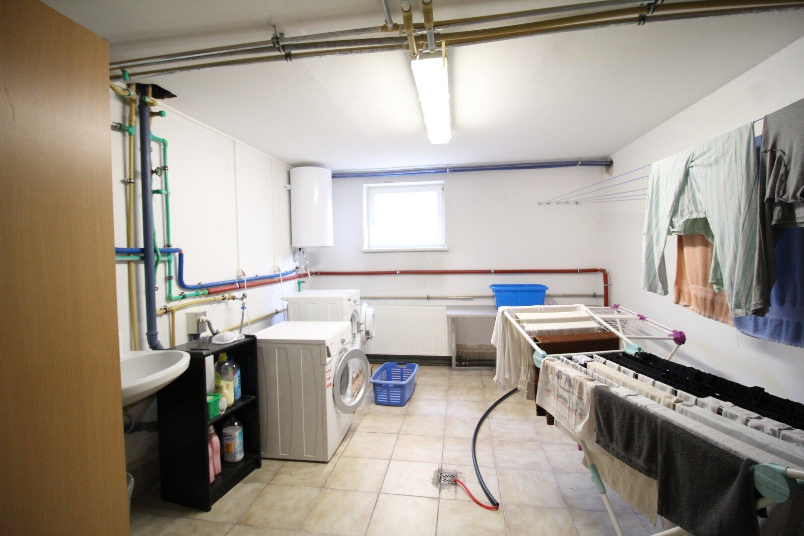 Waschküche im Souterrain