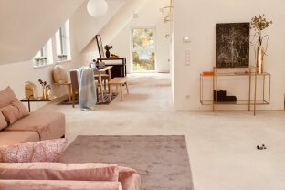 RARITÄT - Exklusive Dachgeschosswohnung mit Klimatisierung