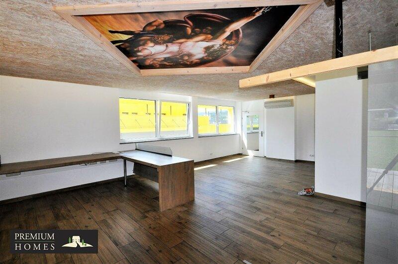 WÖRGL_ ANLAGE_ Rendite_Objekt im Zentrum von Wörgl ca. 4,00 % p.a _Geschäftsfläche zu verkaufen_Raum-Innenansicht_Eingangsbereich mit Klimaanlage