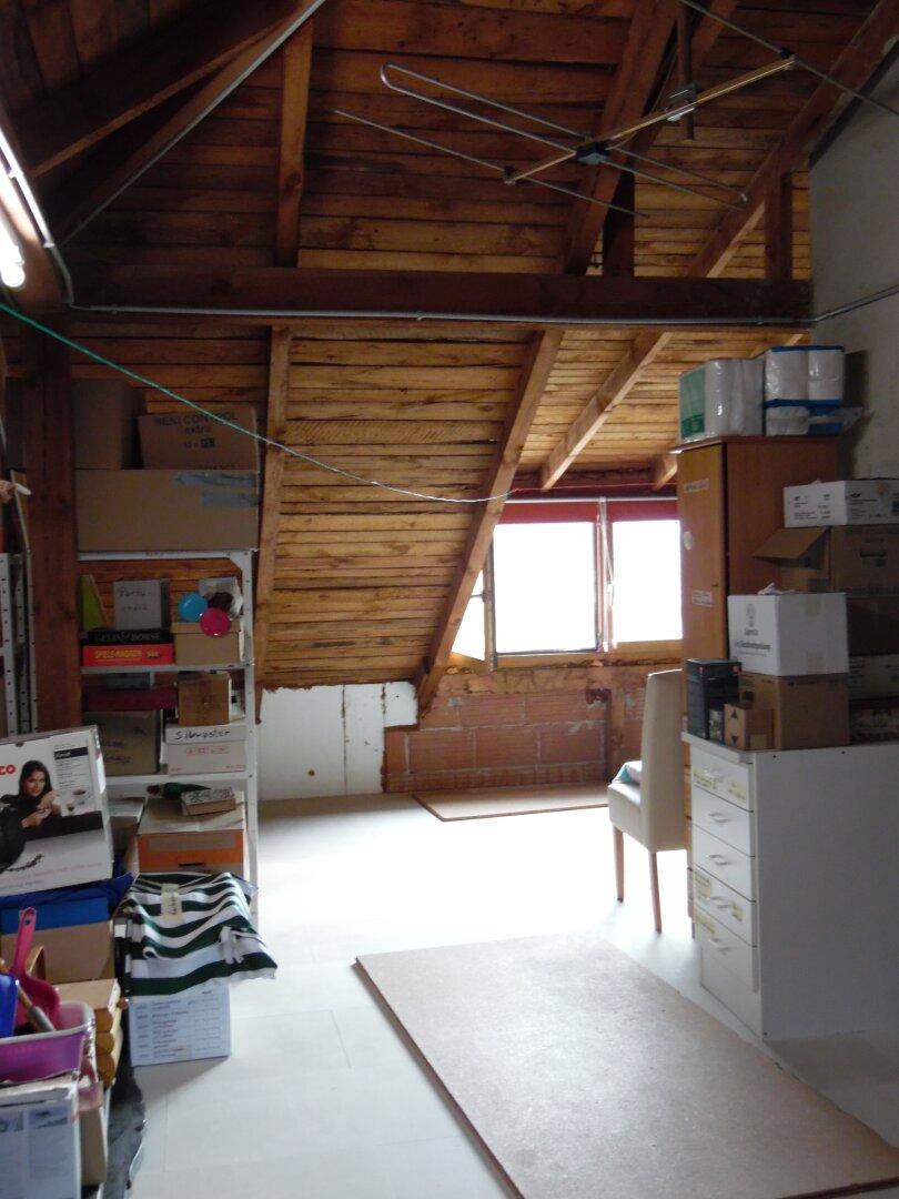 Ausbaubarer Dachboden