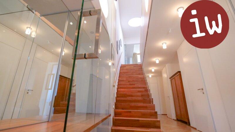 Villa - Meisterwerk zeitgenössischer Architektur in fantastischer Grünruhelage Objekt_553 Bild_161