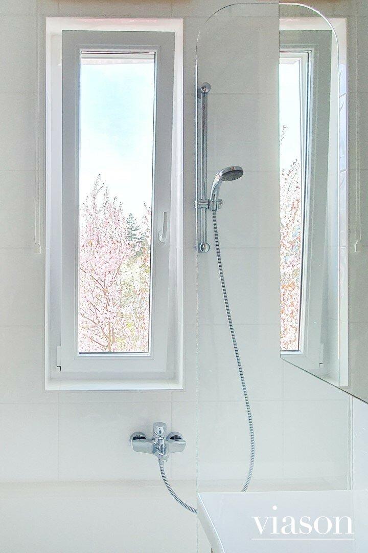 Badezimmerfenster