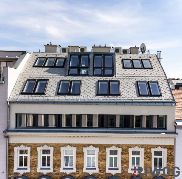 4-Zimmer-DG-Wohnung mit Terrasse und Balkon