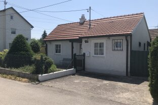 VERKAUFT!!! Idyllisches kleines Wohnhaus mit Gartenparadies in Trauner Bestlage!