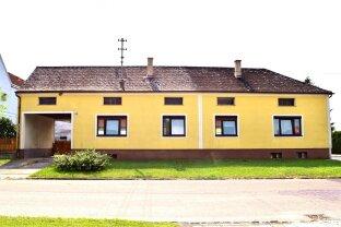 Geräumiges Wohnhaus mit Nebengebäuden im Blaufränkischland