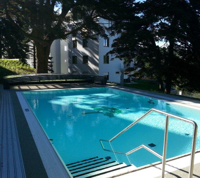 Exklusives Wohnen!  4 Zimmer Maisonette mit Balkon und Terrasse