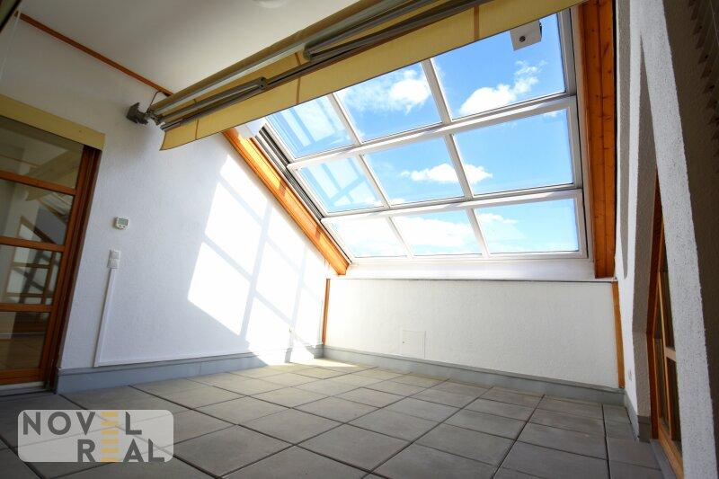 Prachtvolle Dachgeschoßwohnung in der Nähe von Schubertring!