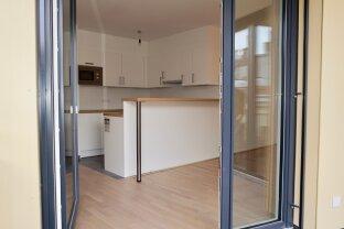 Klimatisierte Ruhelage - sehr große 2-Zimmer Wohnung in den Innenhof ausgerichtet inkl. Balkon in den Innenhof