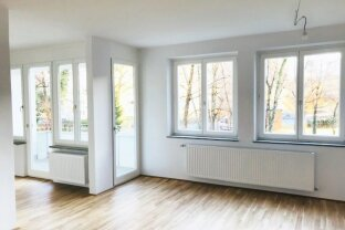 PROVISIONSFREI für den Mieter - 3 Zimmer-Wohnung mit Loggia - Erstbezug nach Sanierung