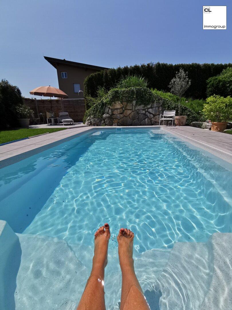 Einladend am Pool
