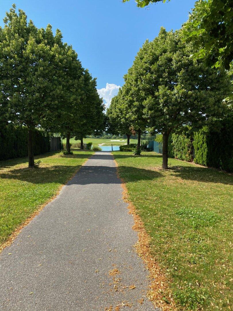 Privater Zugang zum Badeteich