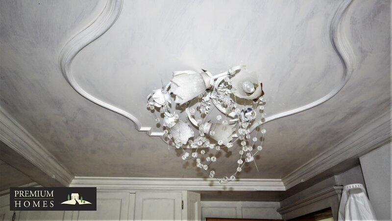 Breitenbach am Inn - Elegantes Landhaus -  Licht Schlafzimmer 1Deckenleuchte
